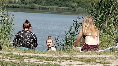Girls watching a naked guy - part II
