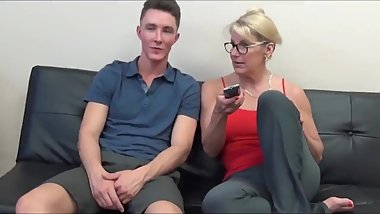Shameless mature stepmom made her 18yo virgin stepson cum twice