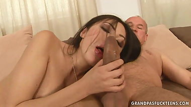Old big cock cums with an Asian girl