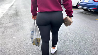 my best candid ass pawg ever