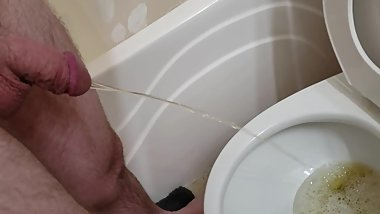 More of me pissing, Comment if you like the video's!!! 02182020