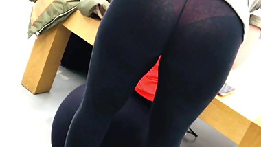 Pawg milf pink thong bend over juicy bubble