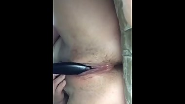 Barely legal 18 year old girlfriend fucks herself on snapchat with a brush